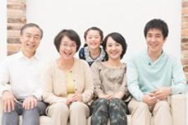 家族267×178